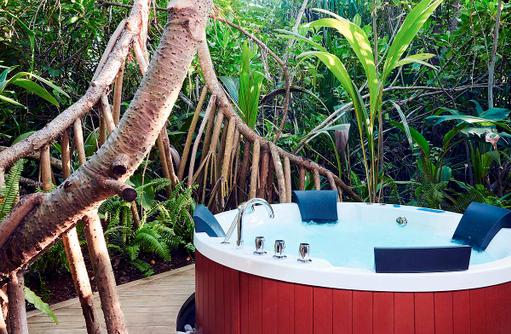 Wellness, Jacuzzi, Breeze Spa, Amari Havodda Maldives