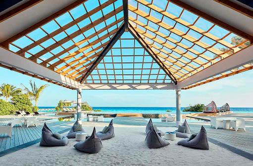 Thari Bar, Meerblick, Amari Havodda Maldives