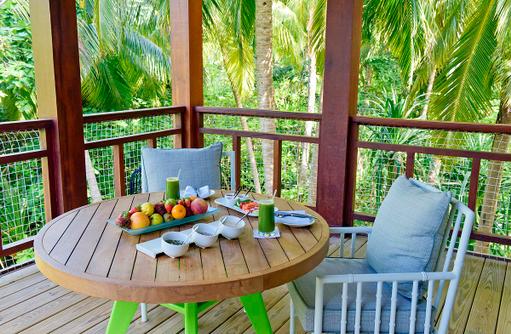 Frühstück im Tree House, Amilla Fushi, Malediven