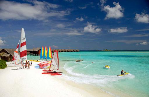 Aquafanatics Water Sport Centre, Anantara Dhigu, Maledives