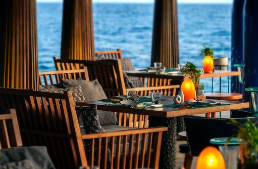 SALT Restaurant, Dining, Anantara Kihavah Villas, Maldives