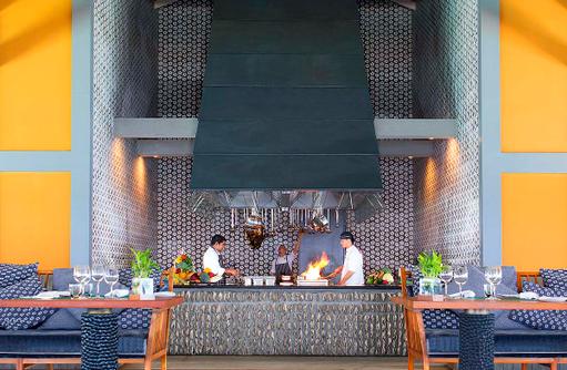 SALT Restaurant, Showcooking, Anantara Kihavah Villas, Maldives