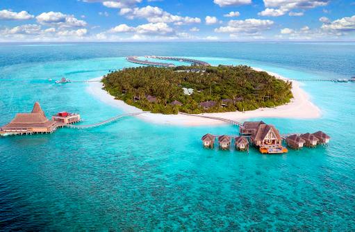 Island Overview, Anantara Kihavah Villas umgeben von türkisblauem Meer, Maldives