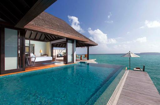 Sunset Overwater Pool Villa, Terrasse, Pool, Sonnendeck, Anantara Kihavah Villas, Maldives