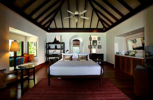 Beach Pool Residence, Master Bedroom, Anantara Kihavah Villas, Maldives