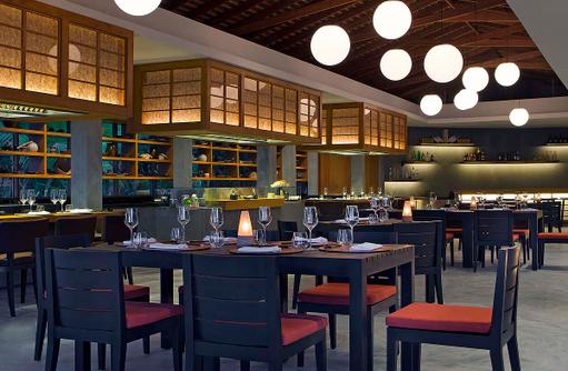Origami Restaurant, Tepanyaki, Innenbereich, Anantara Veli Maldives Resort