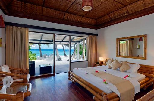 Beach Bungalow, Schlafzimmer, Blick auf das Meer, Angaga Island Resort & Spa, Maldives