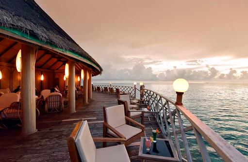 Sundown Bar, Terrasse, Lounge, Cocktail, Angaga Island Resort & Spa, Maldives
