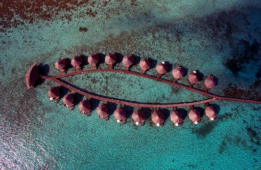 Water Bungalows, Luftansicht von oben, Angaga Island Resort & Spa, Maldives