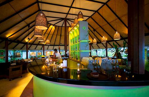 Velaavani Bar Restaurant, Innenbereich, Angsana Ihuru, Malediven