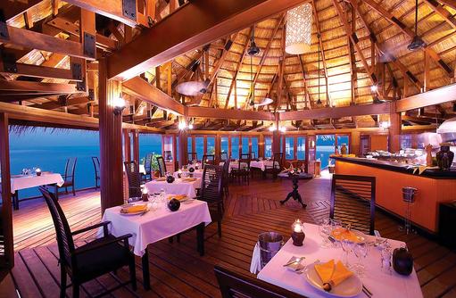 Dinner im Restaurant Kaani, Angsana Velavaru, Malediven