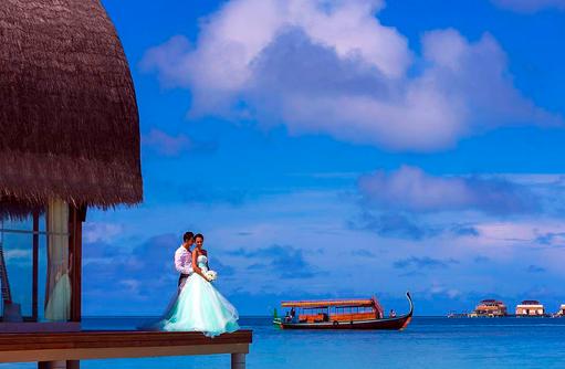 Heiraten auf den Malediven, Brautpaar, Angsana Velavaru, Malediven
