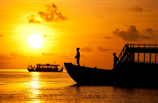 Bootsfahrt zum Sonnenuntergang, Angsana Velavaru, Malediven