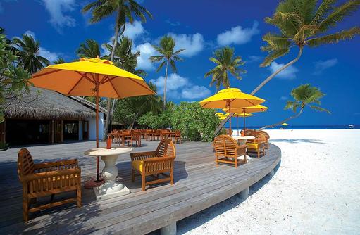 Terrasse der Kuredi Bar, Angsana Velavaru, Malediven