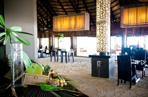 Kaani Restaurant Buffet, Angsana Velavaru, Malediven