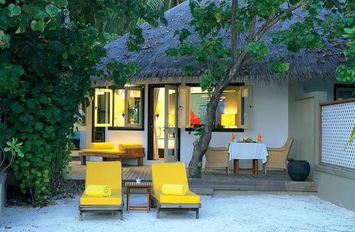 Aussenansicht Deluxe Beachfront Villa, Angsana Velavaru, Malediven