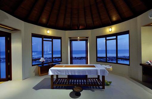 Behandlungsraum im Spabereich, Atmosphere Kanifushi Maldives