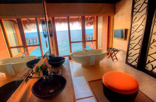 Royal Ocean Suite Badezimmer, Ayada Maldives