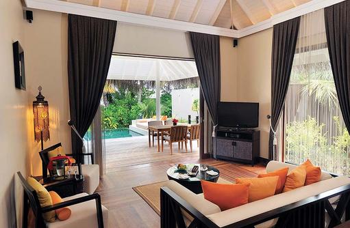 Sunset Beach Suite Wohnzimmer, Ayada Maldives