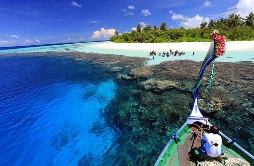 Schnorchelausflug mit dem Dhoniboot, Ayada Maldives