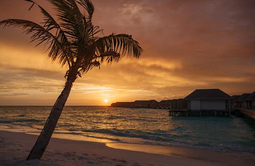 Sunset Water Villas, Baglioni Resort Maldives