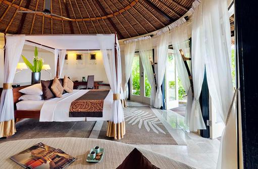 Schlafzimmer, Oceanview Pool Villa, Banyan Tree Vabbinfaru, Malediven