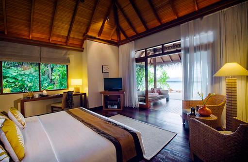 Deluxe Villa, Schlafzimmer mit Meerblick, Baros Maldives