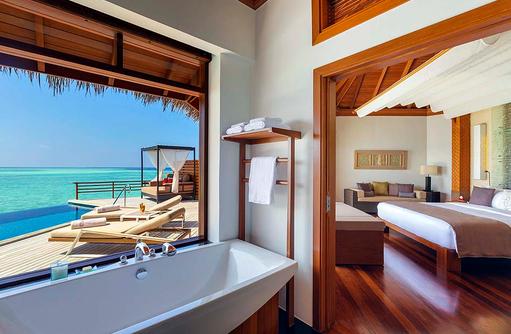 Water Pool Villa, Badezimmer, Schlafzimmer, Sonnendeck, Baros Maldives