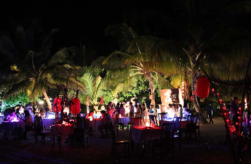 Beach Dinner, Canareef Resort, Malediven