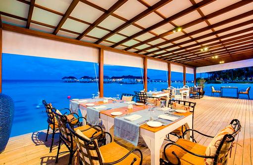 Restaurant Azzuri Mare, italienische Spezialitäten, Meeresfrüchte, Centara Grand Island Resort & Spa, Malediven
