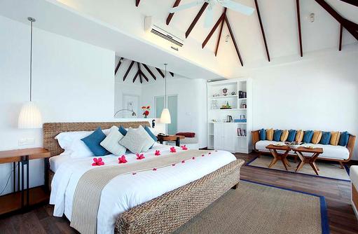 Deluxe Water Villa, Schlafen, Centara Grand Island Resort & Spa, Malediven