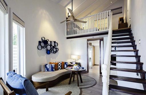 Beach Suite, Maisonette, Treppe, Wohnen, Centara Grand Island Resort & Spa, Malediven