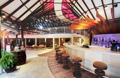 Lobby Bar, Centara Grand Island Resort & Spa, Malediven