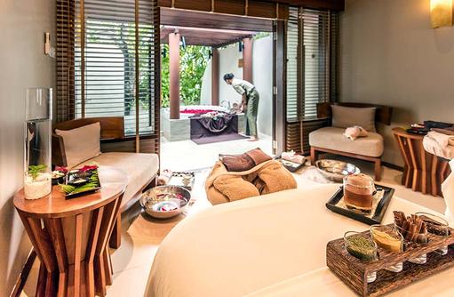 Spa, dekorierter Behandlungsraum, Centara Ras Fushi Resort & Spa, Maldives