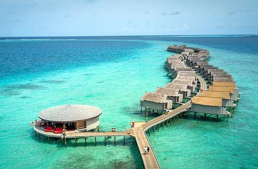 Zugang zu den Water Villas, Viu Bar, Centara Ras Fushi Resort & Spa, Maldives
