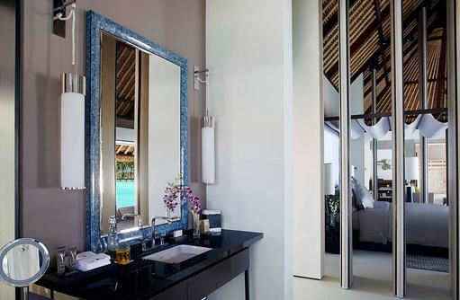 One Bedroom Water Villa, BAdezimmer, Cheval Blanc Randheli, Maldives