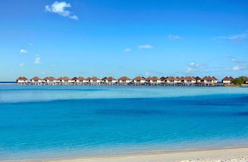 Water Bungalows, Blick vom Strand, Cinnamon Dhonveli Maldives