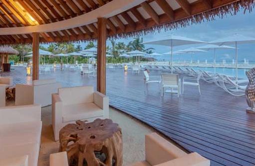 Fen Pool Bar| Cinnamon Velifushi Maldives