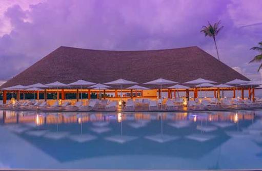 Ren Pool Bar | Cinnamon Velifushi Maldives