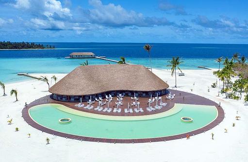 Hauptpool | Cinnamon Velifushi Maldives