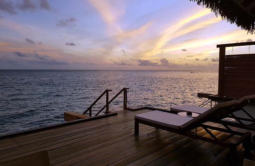 Terrasse Water Bungalow | Cinnamon Velifushi Maldives