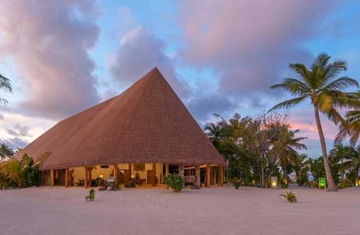 Lobby | Cinnamon Velifushi Maldives