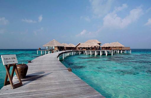 Steg zum Coco Spa, Coco Bodu Hithi, Maledives