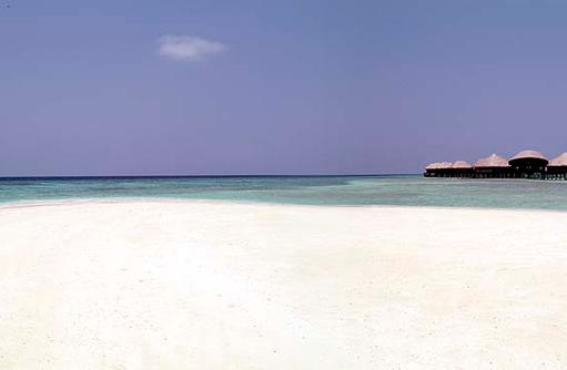 Coco Spa und weißer Sandstrand, Coco Bodu Hithi, Maledives