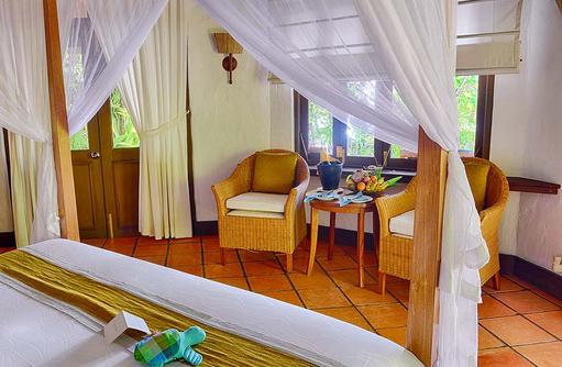 Sitzecke einer Deluxe Villa, Coco Palm Dhuni Kolhu, Malediven