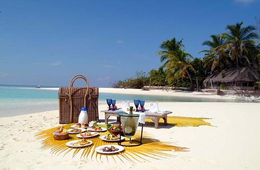 Picknick am Strand, Coco Palm Dhuni Kolhu, Malediven
