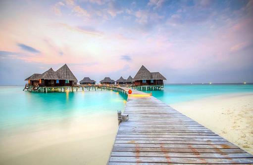 Steg zu den Lagoon Villen, Coco Palm Dhuni Kolhu, Malediven