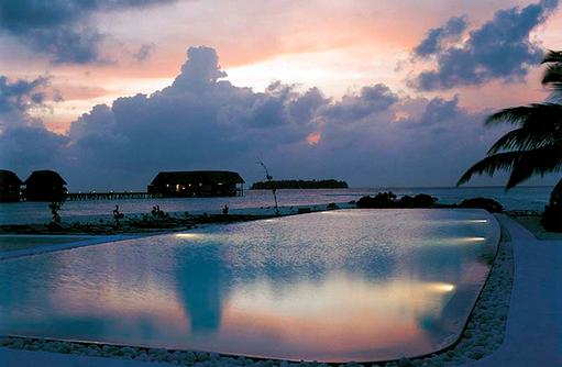 Infinity Pool, Cocoa Island by Como, Malediven