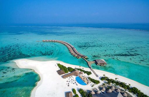 Blick auf die Wasserbungalows, Cocoon Maldives