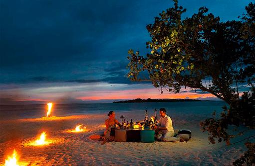 Beach Dinner, Cocoon Maldives